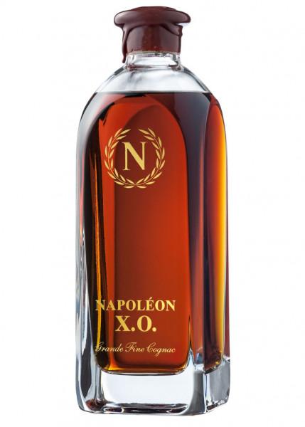 Cognac Napoleon X.O. in Kristallglaskaraffe