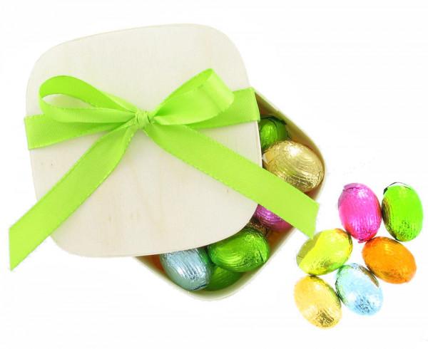Oster Spanschachtel mit Confiserie Eiern